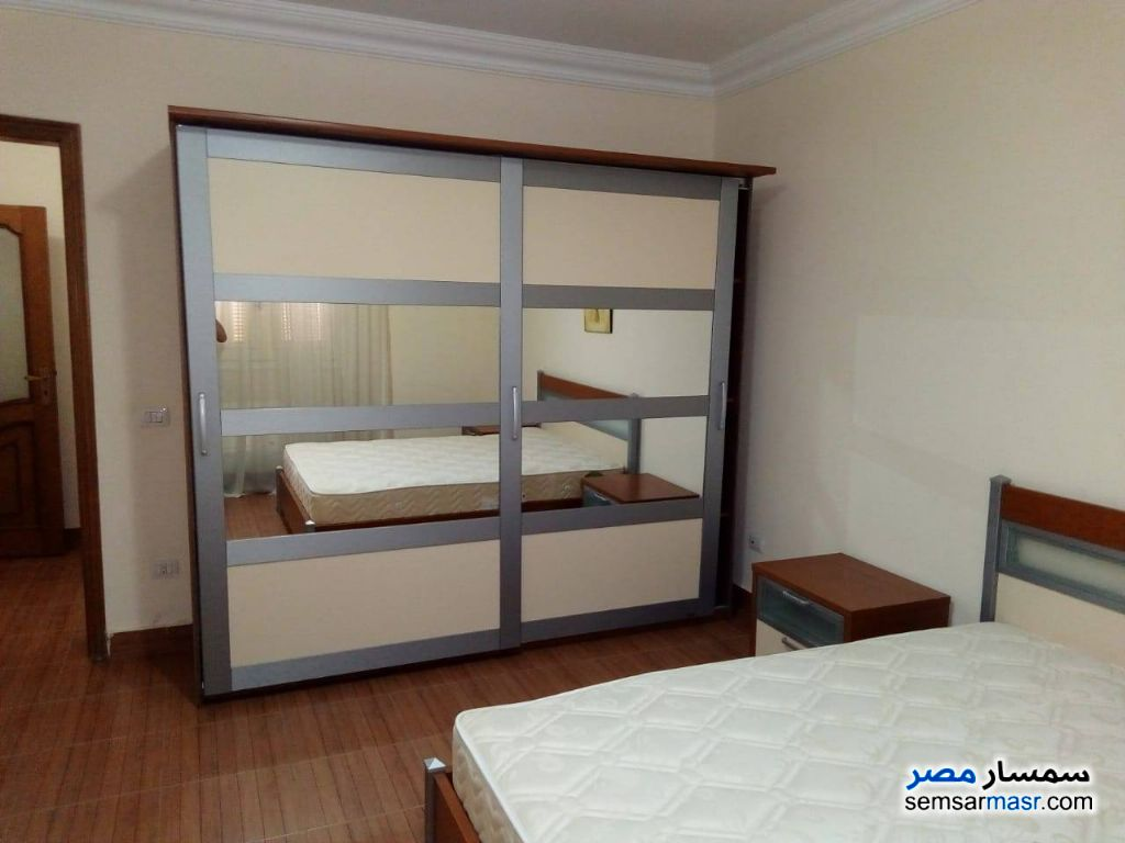 Ad Photo: Apartment 3 bedrooms 2 baths 320 sqm extra super lux in Heliopolis  Cairo