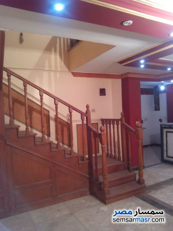 Photo 1 - Apartment 4 bedrooms 3 baths 230 sqm extra super lux For Sale Haram Giza