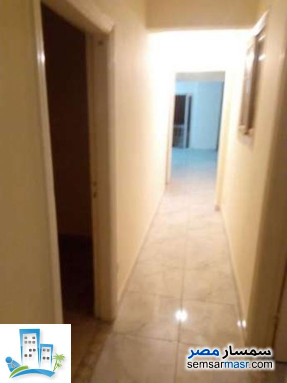Ad Photo: Apartment 2 bedrooms 1 bath 4200 sqm in Maadi  Cairo
