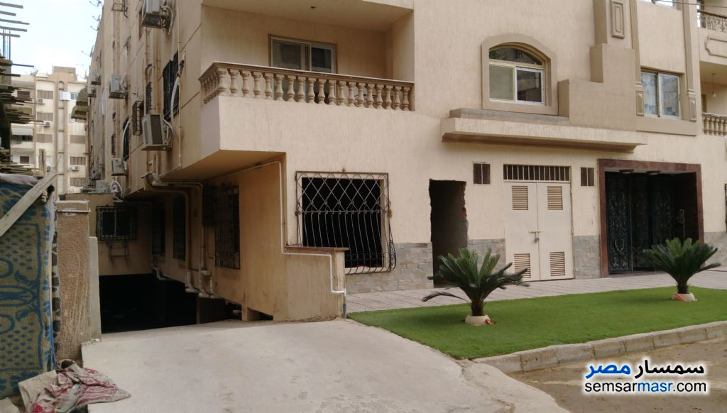 Photo 4 - Apartment 2 bedrooms 1 bath 90 sqm semi finished For Sale Heliopolis Cairo