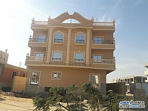 Ad Photo: Apartment 4 bedrooms 3 baths 231 sqm semi finished in Shorouk City  Cairo
