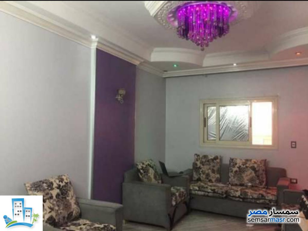 Photo 1 - Apartment 3 bedrooms 2 baths 120 sqm super lux For Sale Hadayek Helwan Cairo