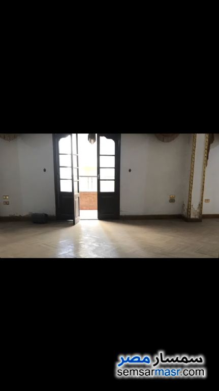 Ad Photo: Apartment 3 bedrooms 3 baths 250 sqm semi finished in New Nozha  Cairo