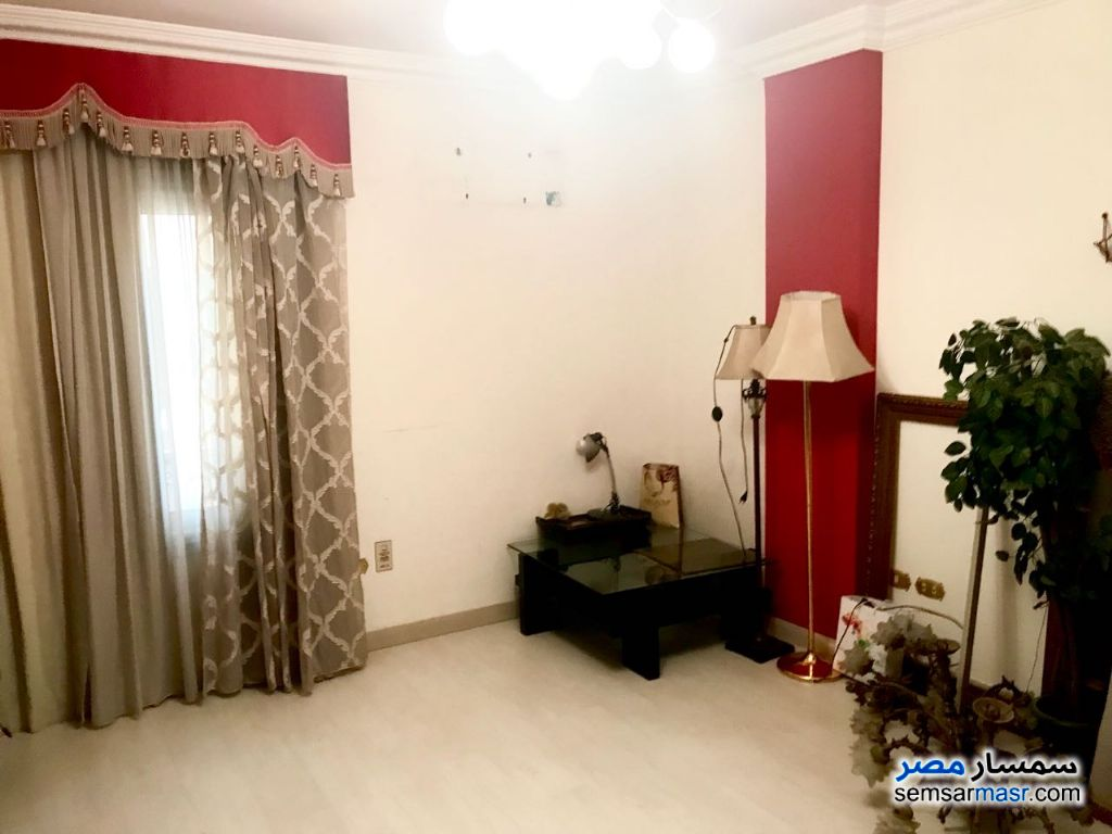 Photo 2 - Apartment 3 bedrooms 3 baths 209 sqm extra super lux For Sale Maadi Cairo
