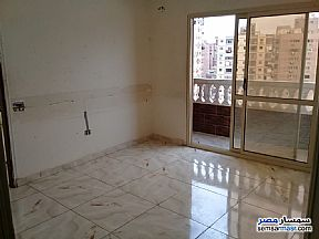 Ad Photo: Apartment 3 bedrooms 1 bath 90 sqm super lux in Al Waili  Cairo