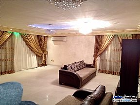 Ad Photo: Apartment 3 bedrooms 1 bath 225 sqm extra super lux in New Nozha  Cairo
