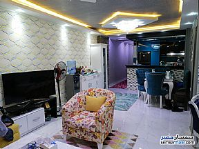 Ad Photo: Apartment 2 bedrooms 1 bath 100 sqm extra super lux in Ain Shams  Cairo