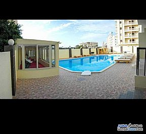 Ad Photo: Apartment 2 bedrooms 1 bath 111 sqm extra super lux in Hurghada  Red Sea