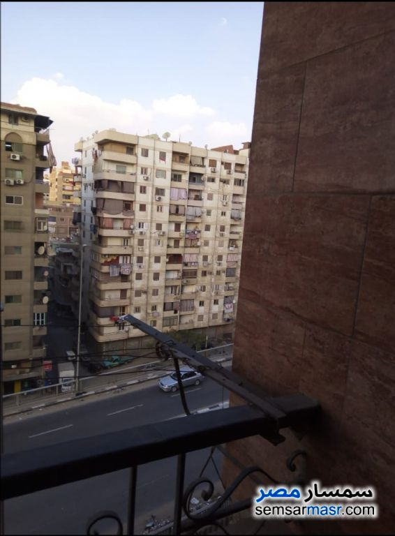 Ad Photo: Apartment 3 bedrooms 1 bath 130 sqm super lux in Izbat An Nakhl  Cairo