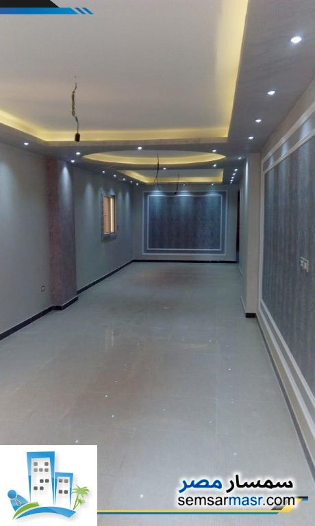 Photo 2 - Apartment 3 bedrooms 2 baths 190 sqm extra super lux For Sale Hadayek Al Ahram Giza