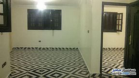 Ad Photo: Apartment 2 bedrooms 1 bath 90 sqm super lux in Izbat An Nakhl  Cairo
