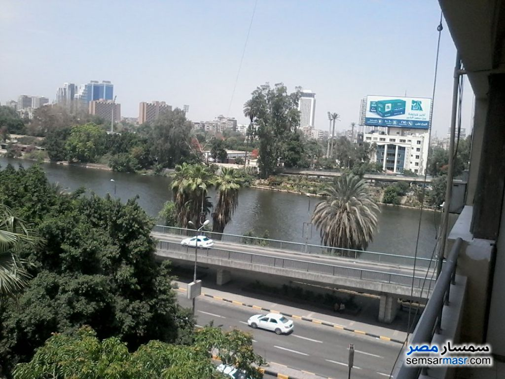 Ad Photo: Apartment 3 bedrooms 2 baths 160 sqm super lux in Giza