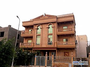 Ad Photo: Apartment 3 bedrooms 2 baths 195 sqm extra super lux in First Settlement  Cairo