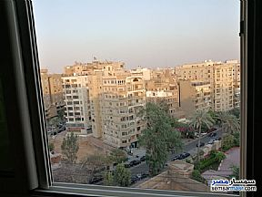 Ad Photo: Apartment 4 bedrooms 2 baths 220 sqm extra super lux in Heliopolis  Cairo