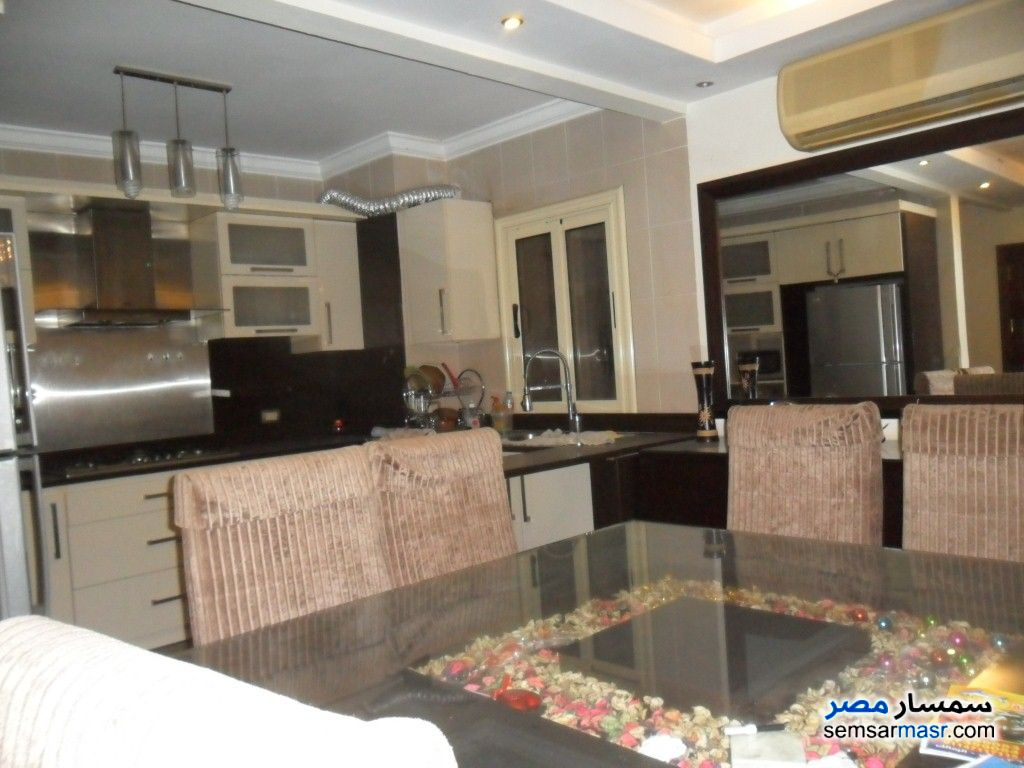 Photo 5 - Apartment 2 bedrooms 3 baths 160 sqm extra super lux For Rent Dokki Giza
