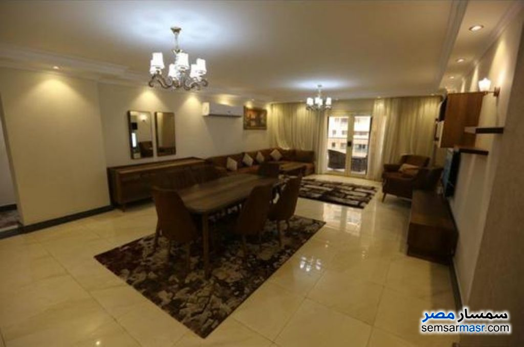 Photo 2 - Apartment 3 bedrooms 3 baths 200 sqm extra super lux For Rent Heliopolis Cairo