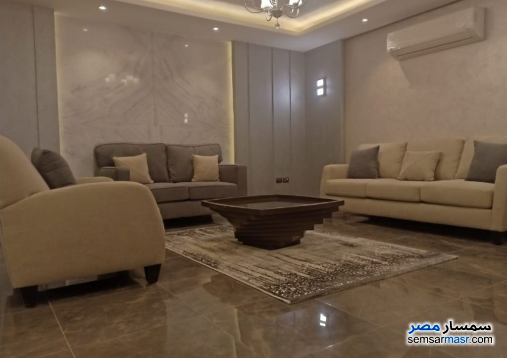Photo 1 - Apartment 3 bedrooms 3 baths 250 sqm extra super lux For Rent Heliopolis Cairo