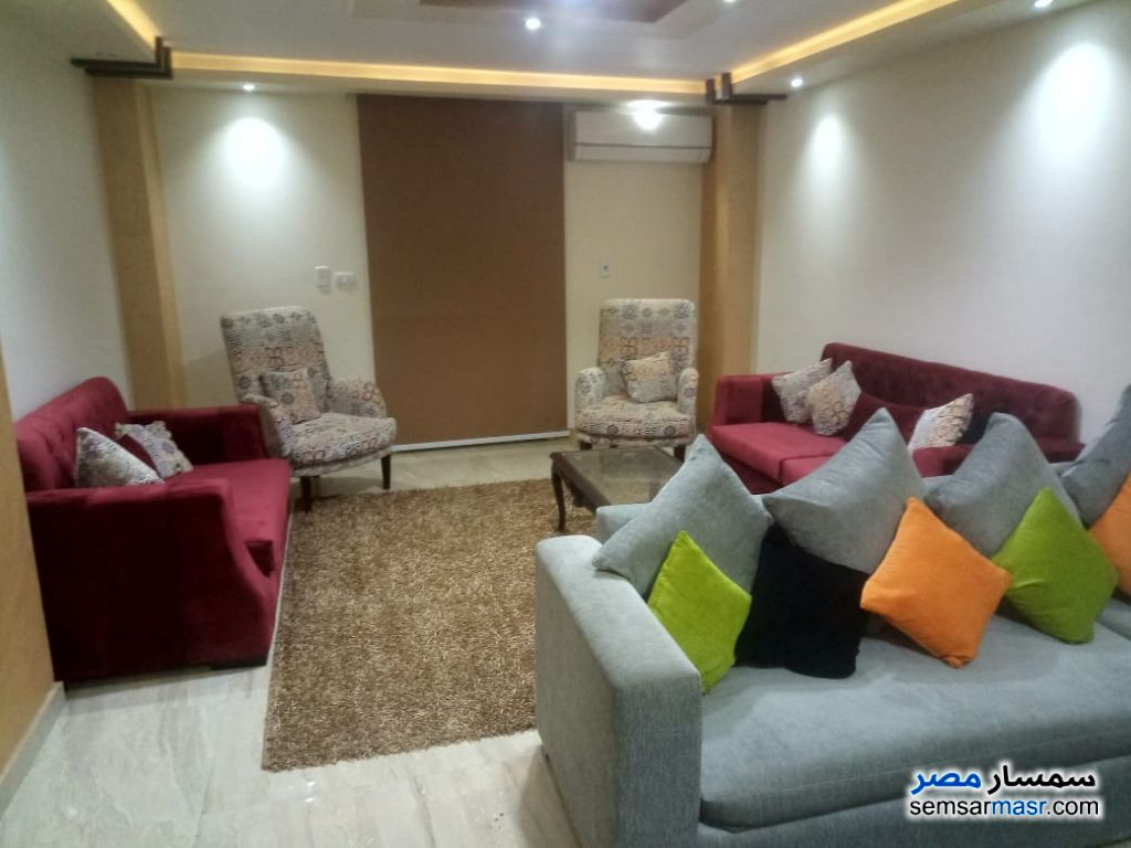 Photo 10 - Apartment 3 bedrooms 3 baths 210 sqm extra super lux For Rent Mohandessin Giza