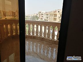 Ad Photo: Apartment 3 bedrooms 3 baths 200 sqm super lux in Fifth Settlement  Cairo