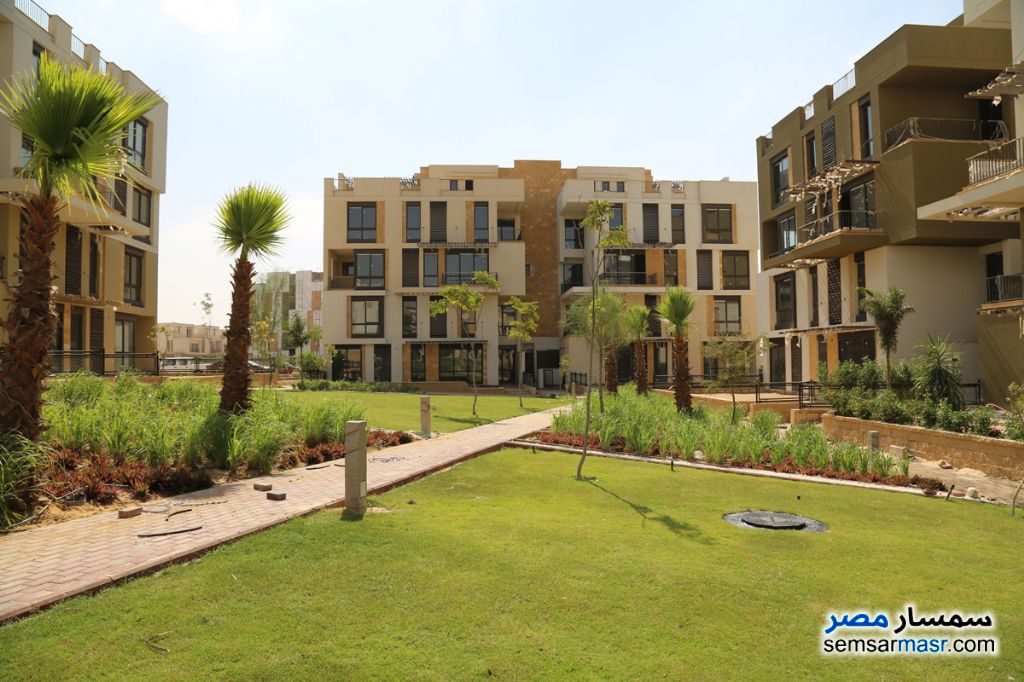 Photo 1 - Apartment 2 bedrooms 2 baths 156 sqm without finish For Sale Fifth Settlement Cairo