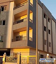 Ad Photo: Apartment 2 bedrooms 1 bath 120 sqm semi finished in Fifth Settlement  Cairo