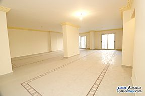 Ad Photo: Apartment 4 bedrooms 3 baths 275 sqm extra super lux in Gianaclis  Alexandira