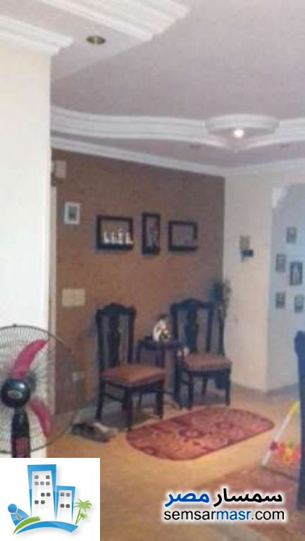 Ad Photo: Apartment 2 bedrooms 1 bath 100 sqm extra super lux in Kafr Tohormos  Giza