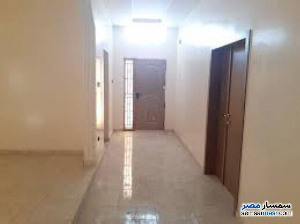 Photo 2 - Apartment 3 bedrooms 2 baths 170 sqm super lux For Rent Mohandessin Giza