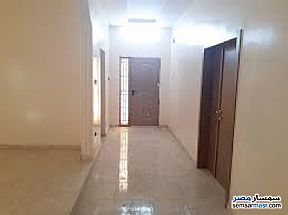 Apartment 3 bedrooms 2 baths 170 sqm super lux For Rent Mohandessin Giza - 2