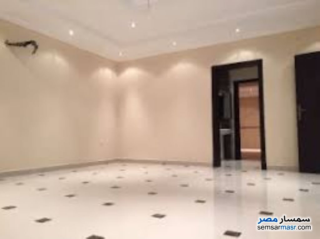 Photo 1 - Apartment 3 bedrooms 2 baths 170 sqm super lux For Rent Mohandessin Giza