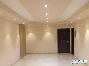 Apartment 3 bedrooms 2 baths 170 sqm super lux For Rent Mohandessin Giza - 3