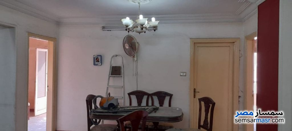 Ad Photo: Apartment 3 bedrooms 1 bath 150 sqm lux in Helmeya  Cairo