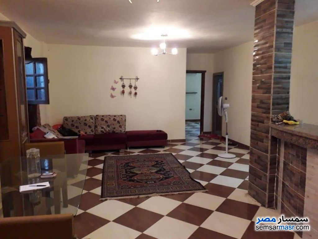 Photo 2 - Apartment 3 bedrooms 1 bath 150 sqm super lux For Rent Mohandessin Giza