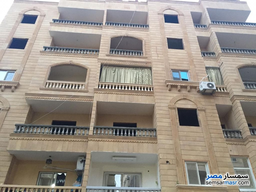 Photo 1 - Apartment 3 bedrooms 2 baths 210 sqm semi finished For Sale Hadayek Al Ahram Giza