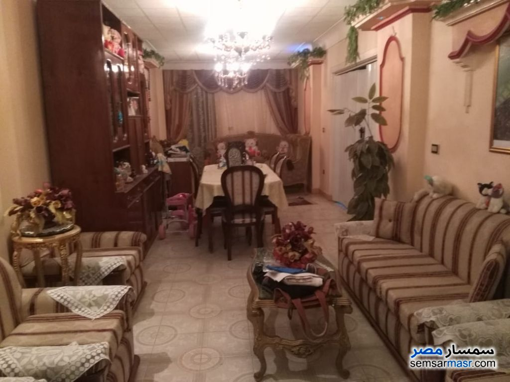 Photo 1 - Apartment 3 bedrooms 1 bath 175 sqm lux For Sale Seyouf Alexandira