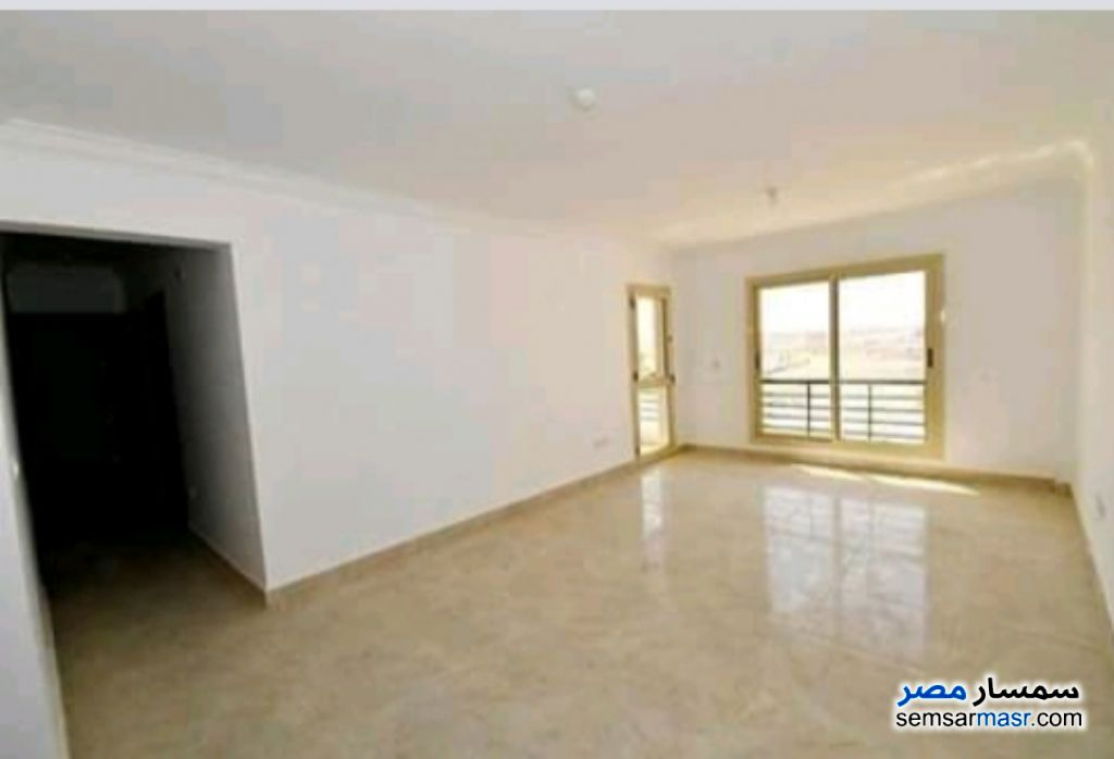 Photo 3 - Apartment 3 bedrooms 1 bath 115 sqm extra super lux For Sale Dreamland 6th of October