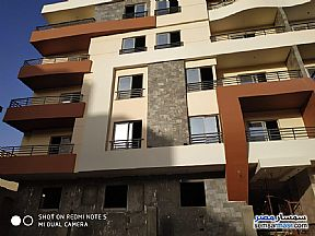 Ad Photo: Apartment 3 bedrooms 1 bath 120 sqm semi finished in Mokattam  Cairo