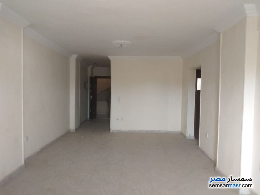 Photo 2 - Apartment 3 bedrooms 2 baths 185 sqm super lux For Rent Hadayek Al Ahram Giza