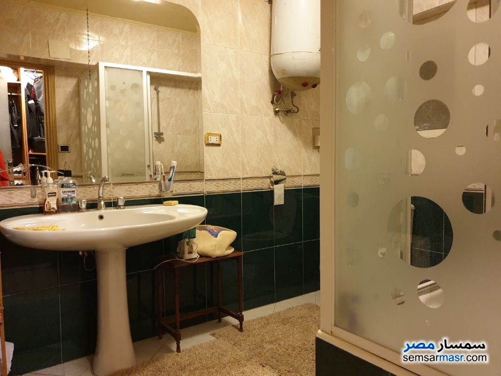 Photo 10 - Apartment 4 bedrooms 2 baths 240 sqm super lux For Rent Mohandessin Giza