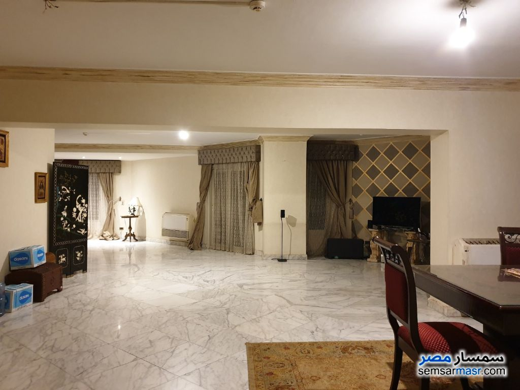 Photo 1 - Apartment 4 bedrooms 2 baths 240 sqm super lux For Rent Mohandessin Giza