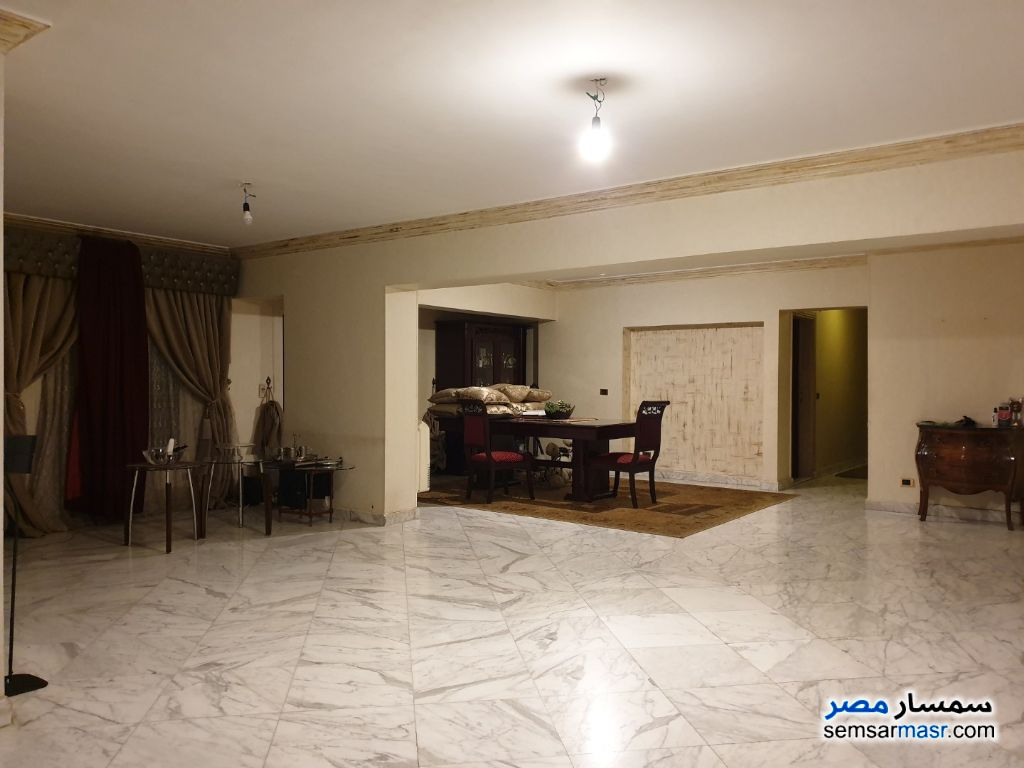Photo 3 - Apartment 4 bedrooms 2 baths 240 sqm super lux For Rent Mohandessin Giza