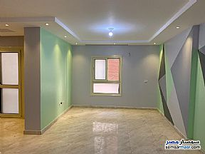 Ad Photo: Apartment 3 bedrooms 2 baths 160 sqm super lux in Ain Shams  Cairo