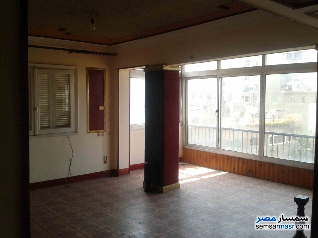 Ad Photo: Apartment 3 bedrooms 2 baths 175 sqm lux in Shubra  Cairo