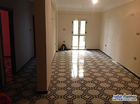 Ad Photo: Apartment 3 bedrooms 1 bath 110 sqm in Toson  Alexandira
