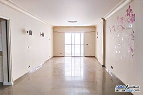 Ad Photo: Apartment 3 bedrooms 2 baths 185 sqm super lux in Laurent  Alexandira