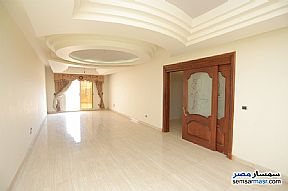 Ad Photo: Apartment 4 bedrooms 3 baths 300 sqm super lux in Zezenia  Alexandira