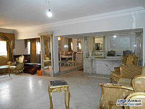 Ad Photo: Apartment 4 bedrooms 3 baths 300 sqm super lux in Mohandessin  Giza
