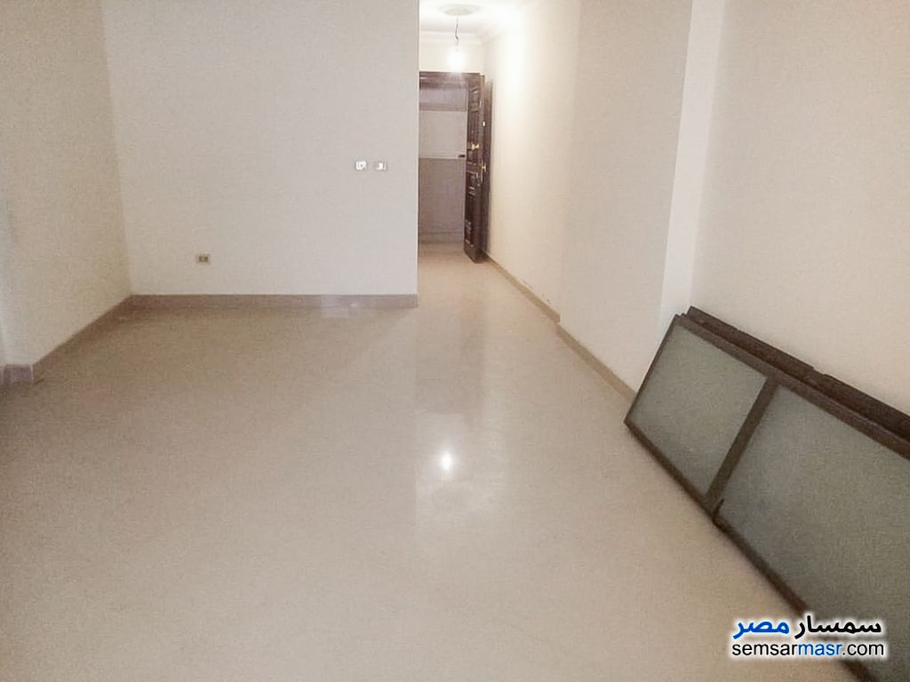 Photo 2 - Apartment 3 bedrooms 1 bath 120 sqm lux For Rent Smoha Alexandira