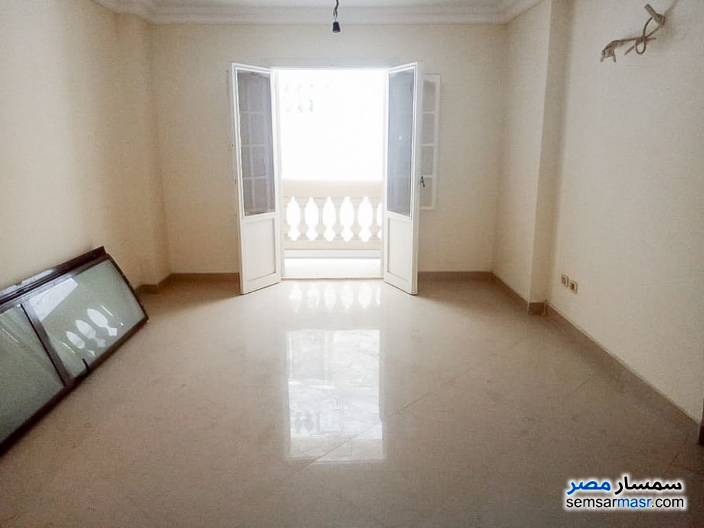 Photo 3 - Apartment 3 bedrooms 1 bath 120 sqm lux For Rent Smoha Alexandira