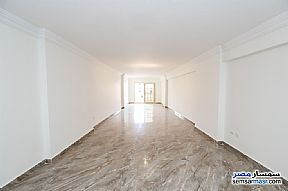 Ad Photo: Apartment 3 bedrooms 3 baths 200 sqm extra super lux in Roshdy  Alexandira